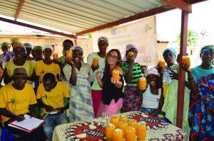 Oltre il sorriso: la storia di Elisa e le Donne di Canjombe che producono marmellate